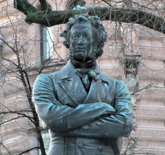 Памятник а с пушкину пушкинская улица